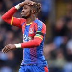 Wilfried Zaha ressemble aux attaques continuent