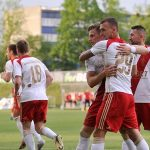 1 ligue de football. A Lodz, un match dans une ligue relegators